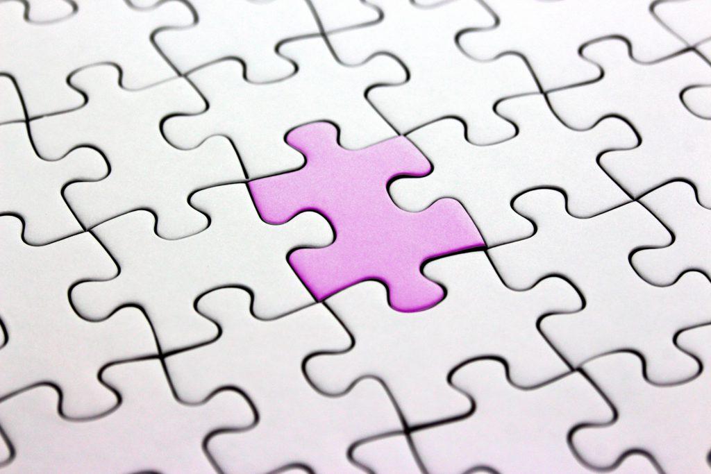会社都合退職者がいる場合の解決策イメ―ジのパズル