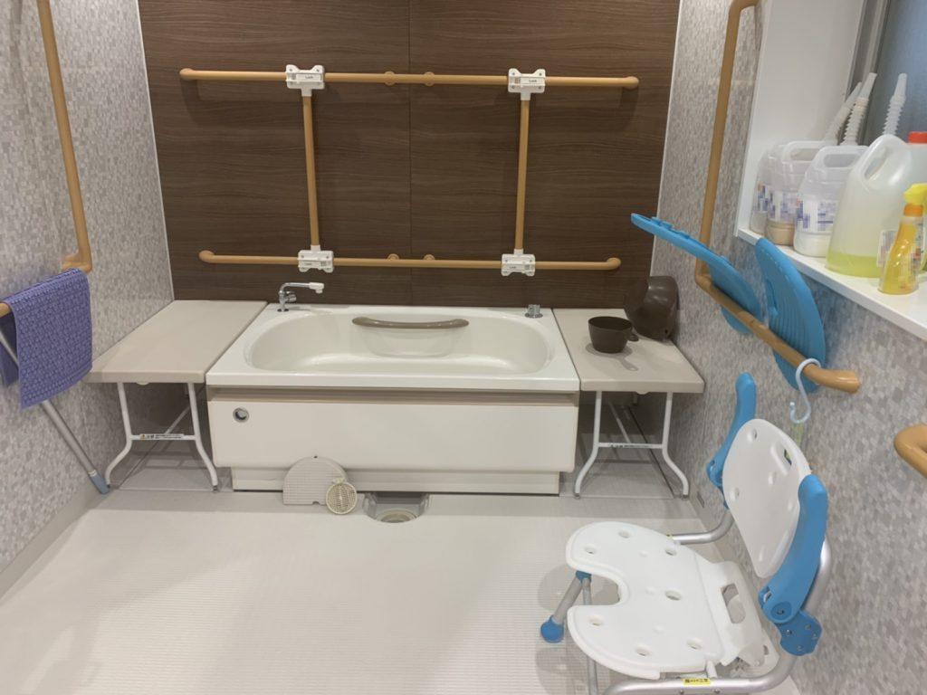 介護用の浴槽