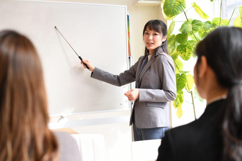 OFF-JTによる職業訓練の様子